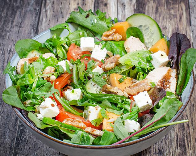 La salade à composer selon vos goûts et vos envies ! La boîte à Meuh Nantes